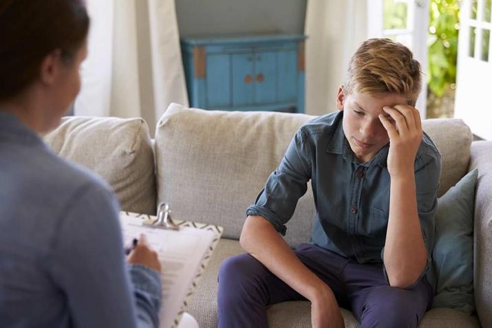 Enfants transgressifs: comment rétablir les limites éducatives avec les parents